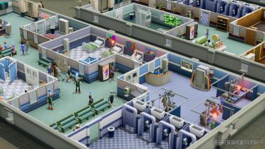 Свежее обновление добавит в Two Point Hospital кооперативный режим